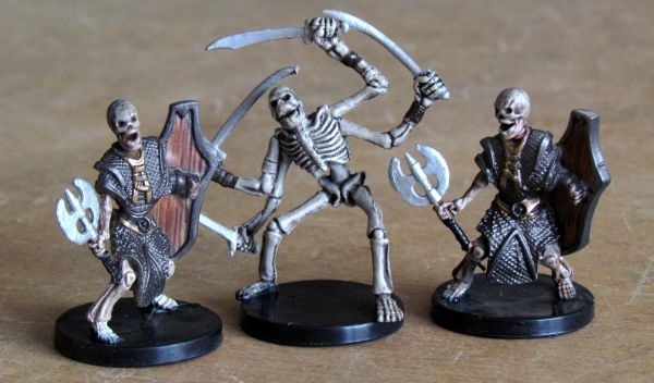 Dungeon Command: Curse of the Undeath - miniatures