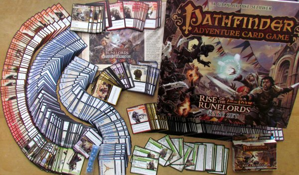 Pathfinder ACG: Rise of the Runelords Base Set - packaging
