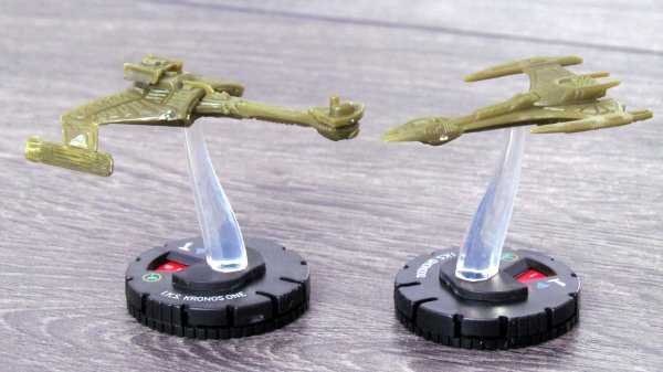 Star Trek: Fleet Captains - miniatures