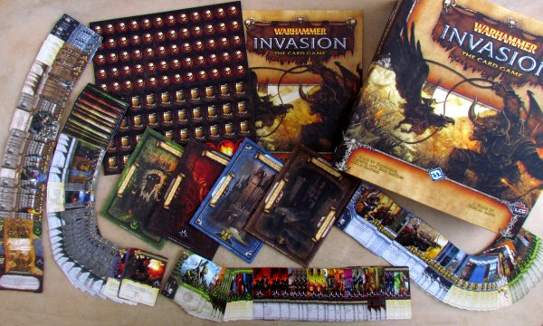 Warhammer: Invasion LCG - packaging