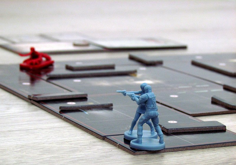 resident-evil-2-the-board-game-10